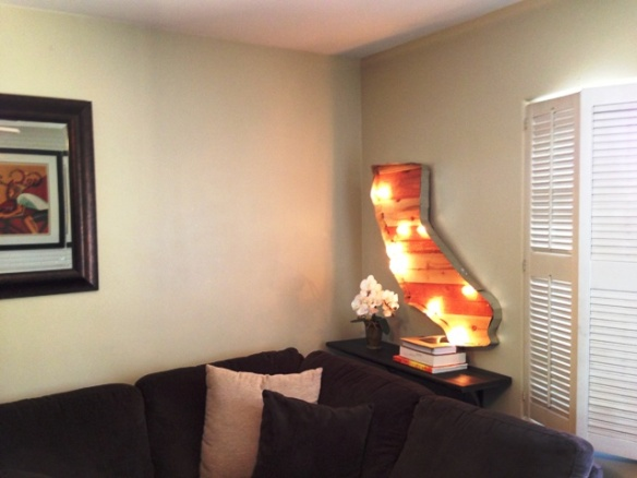 living room decor california marquee