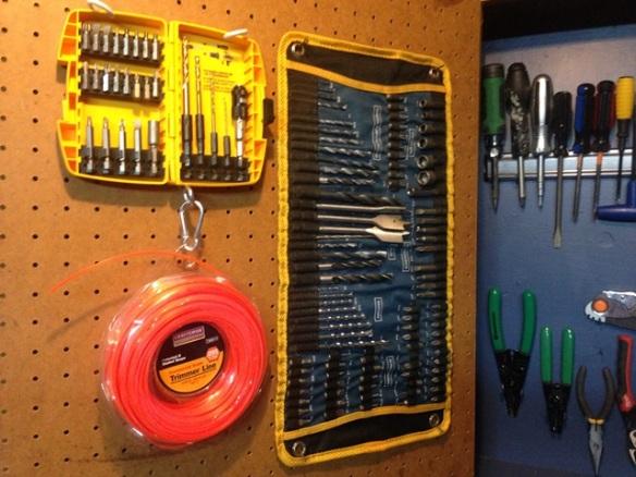 organize tool cabinet diy (32)