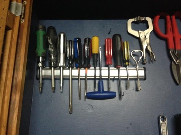 organize tool cabinet diy (52)