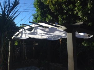 hacking-ikea-dyning-fabric-for-pergola.jpg
