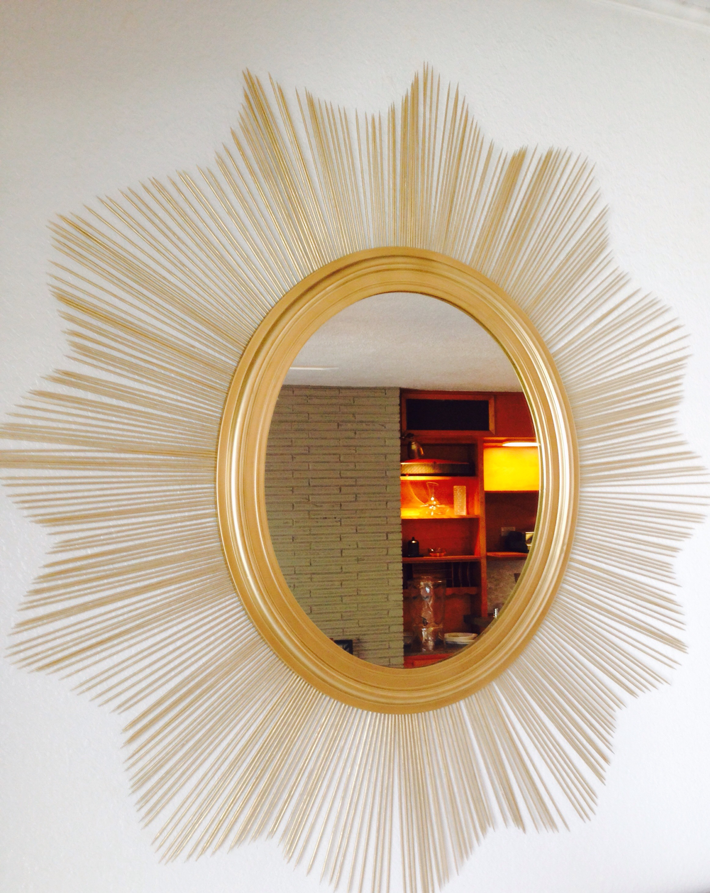 What a BIG, DIY Sunburst Mirror for $15 ...
